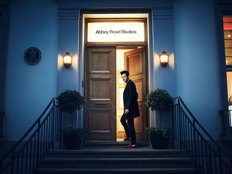 Abbey Road Studios – Book Design – Airbnb