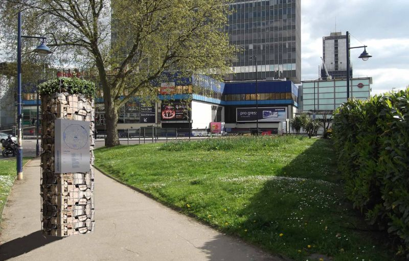 Elephant & Castle Way Finding – University Brief