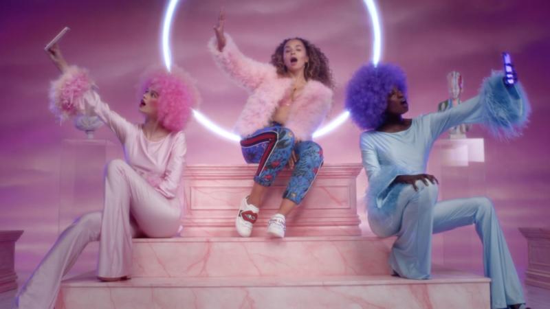 Ella Eyre - Ego Music Video
