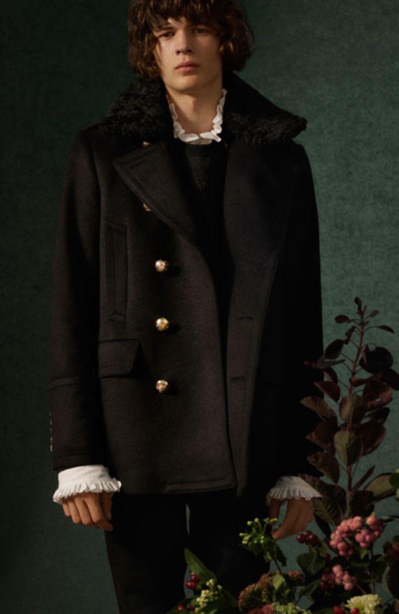 Burberry - Festive Cashmere