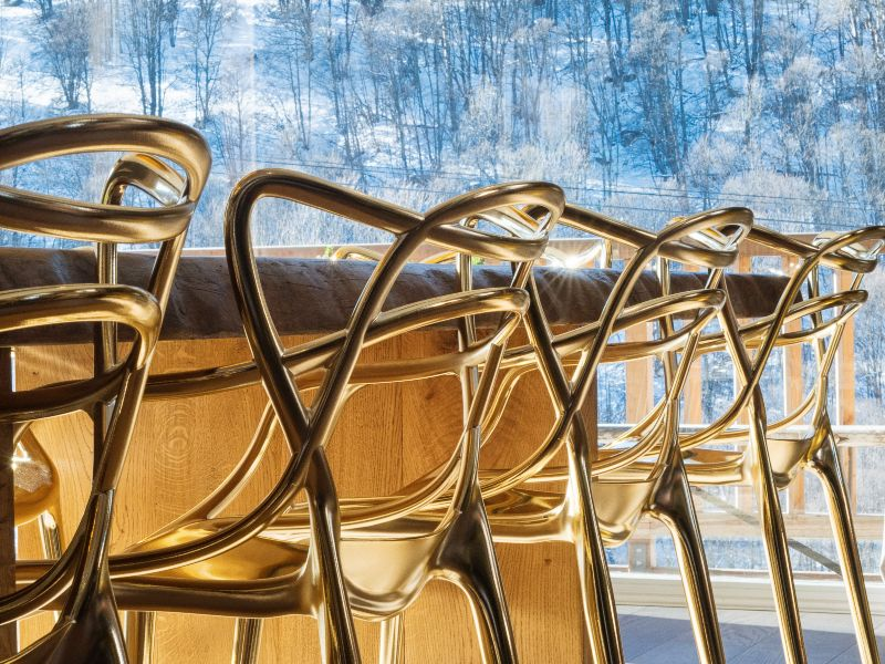 """Soho House on Ice"" - Luxury Interiors in the French Alps"