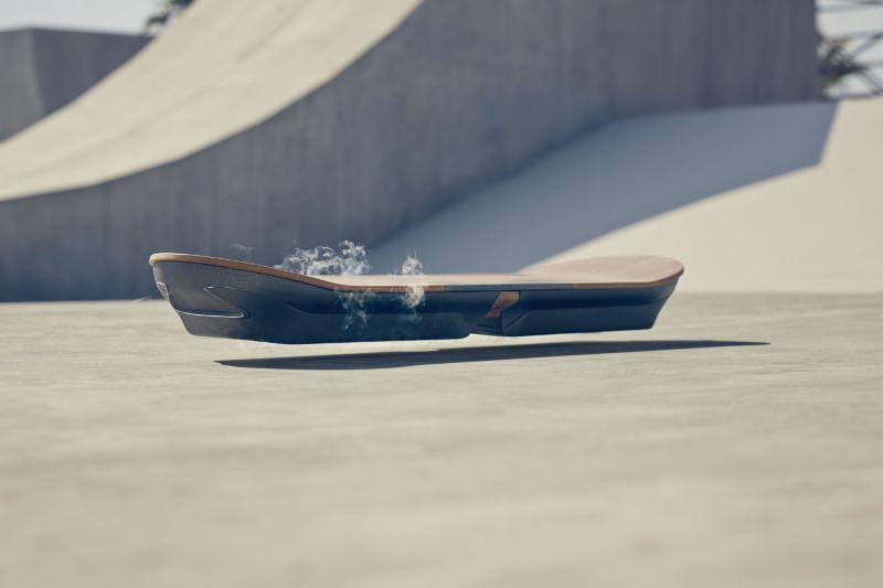 Lexus 'Hoverboard'