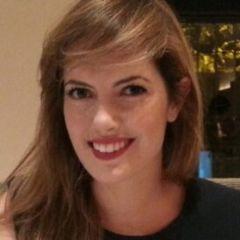 Laura Henríquez- Álvarez