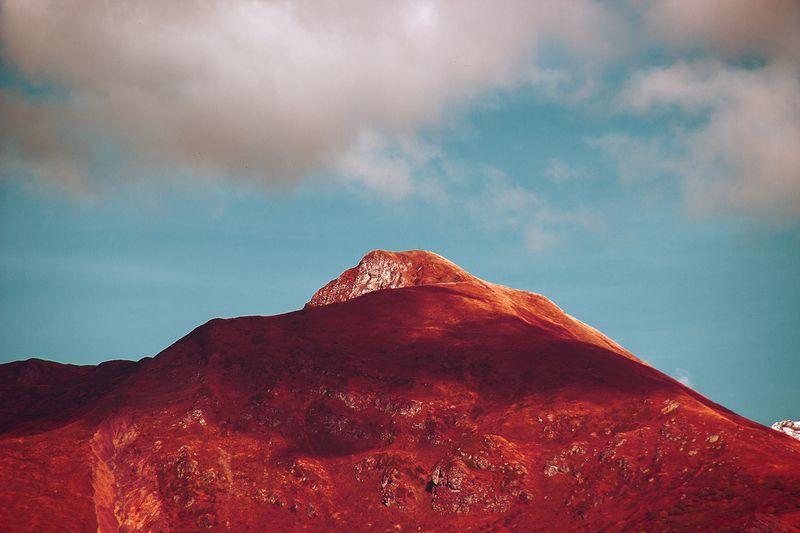 THE VELVET MOUNTAINS