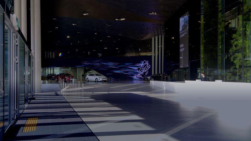 Hyundai Motorstudio: video artworks for an 87-metre-long screen