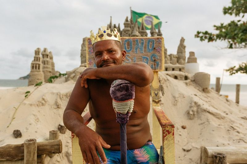 Meet Rio de Janeiro's Sandcastle King Who Has Avoided Rent for 22 Years