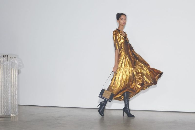 Golden Girl | The new season dress
