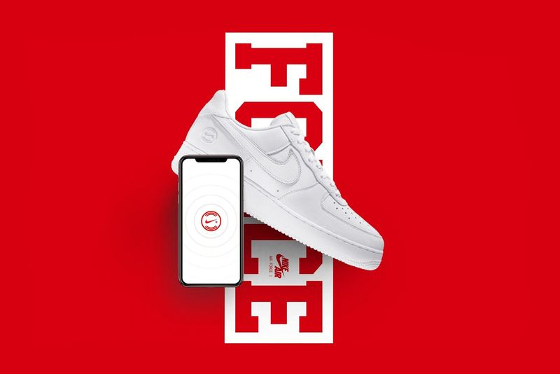 Nike Connected AF-1