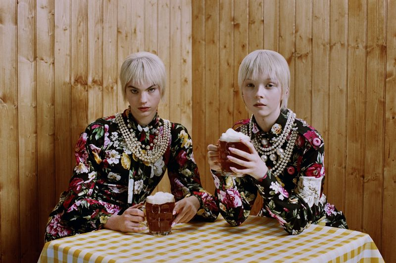 Bring me the Cheque - Vogue Japan X Michal Pudelka