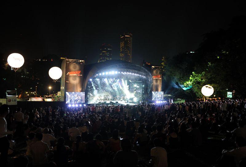 F1 Rocks Singapore