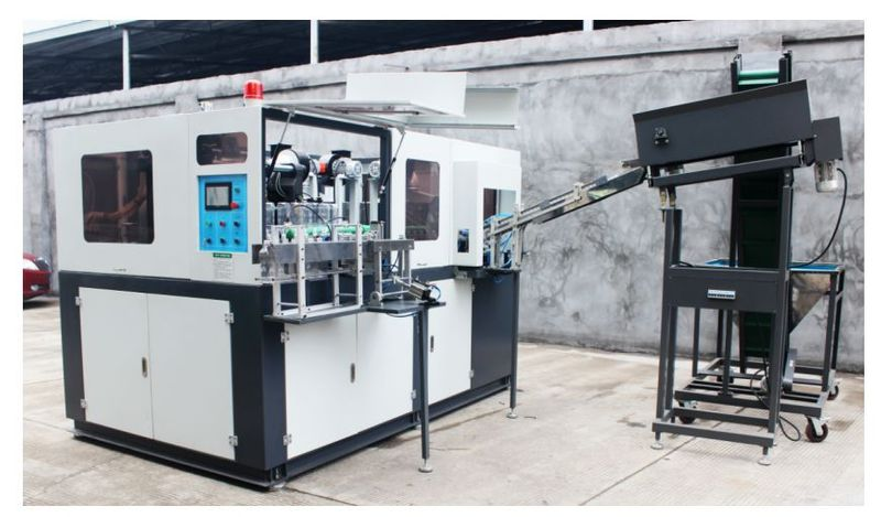 Bottle blow molder for 6L bottles
