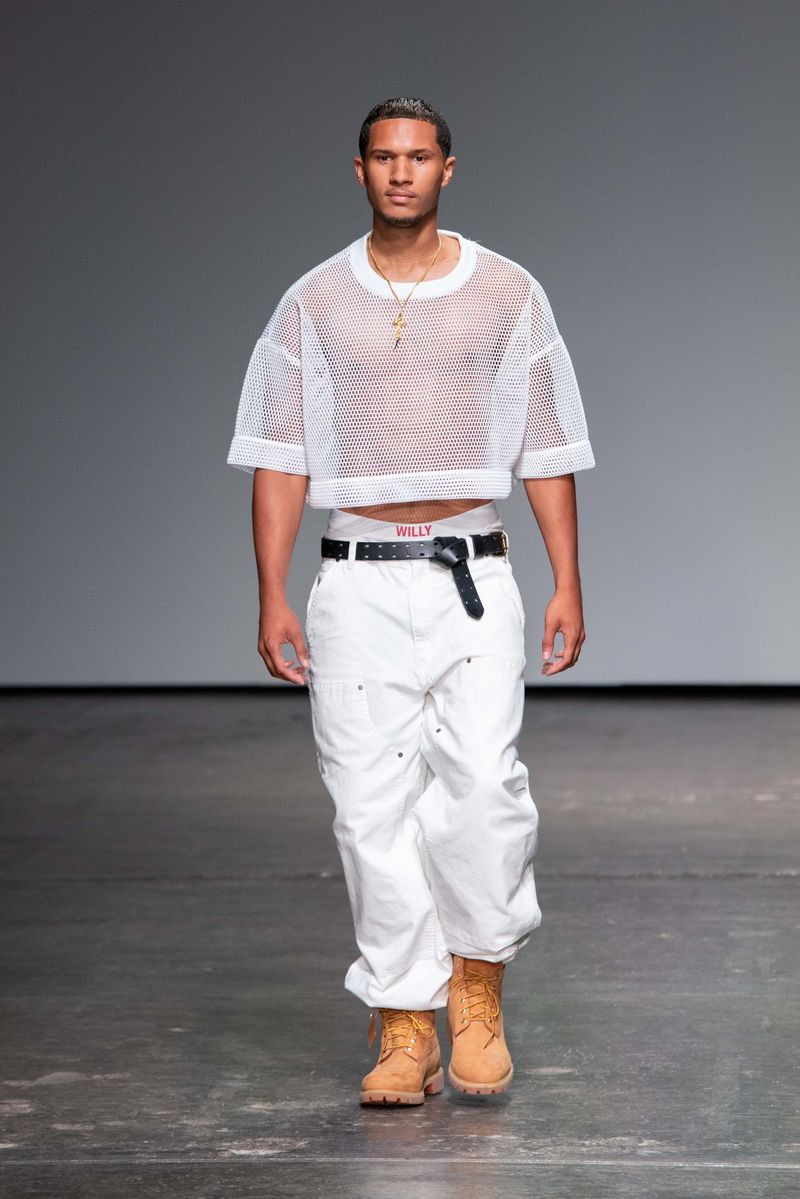 WILLY CHAVARRIA SS19 SHOW Style Director