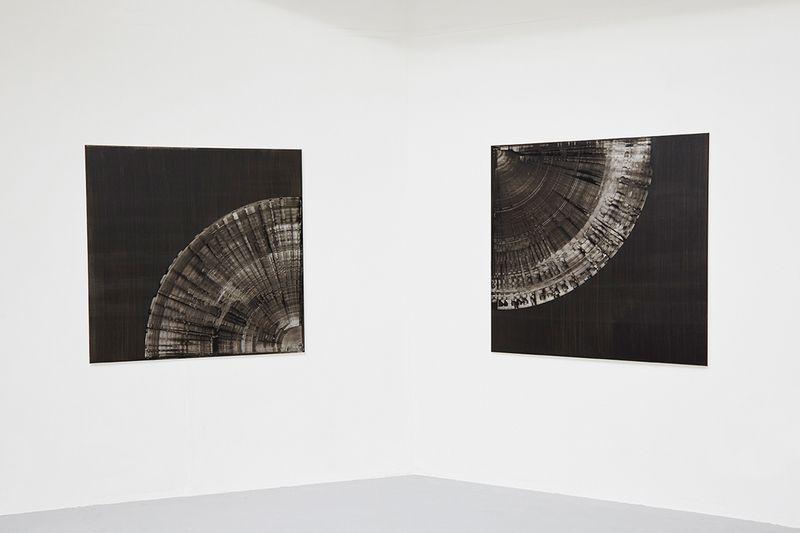 Petrify 1 & 2 (diptych),  Oil and aluminium paint on canvas, 110 x 110 cm each, 2015