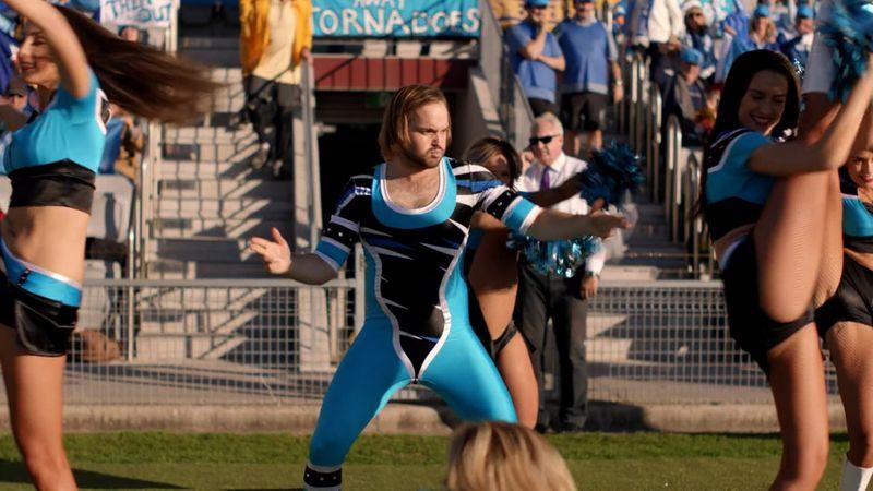 Foster's, 'Cheerleader'
