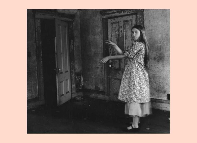 Surreal women looking at the self: exploring the relationship between Francesca Woodman and Claude Cahun