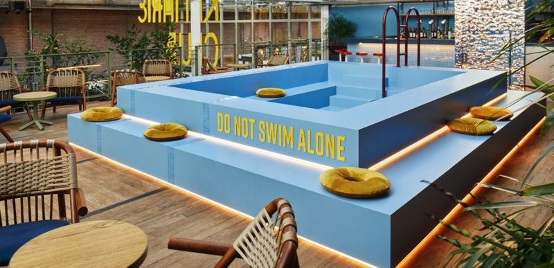Glug by the pool, the Amsterdam chapter
