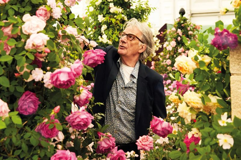 Visiting Chelsea Flower Show with Paul Smith