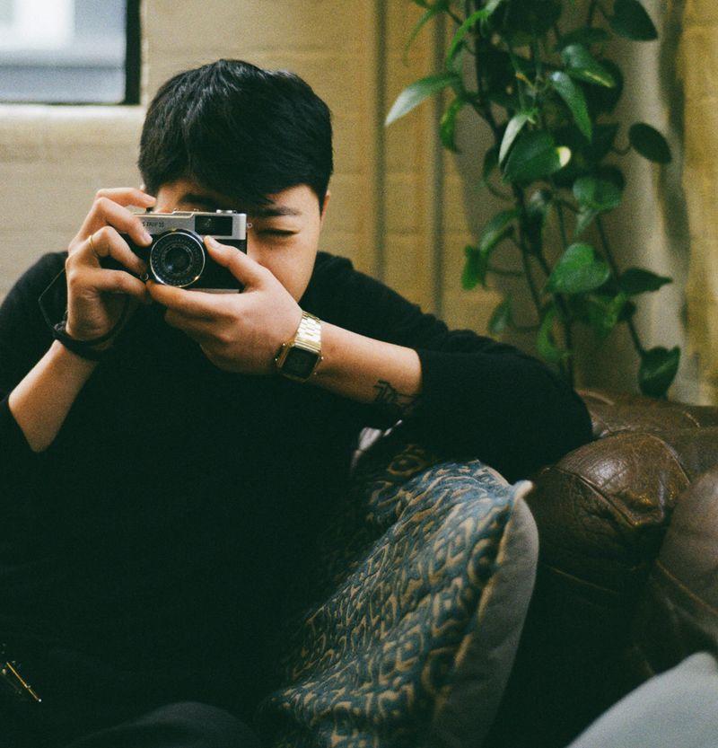 - Photographers Photographed -