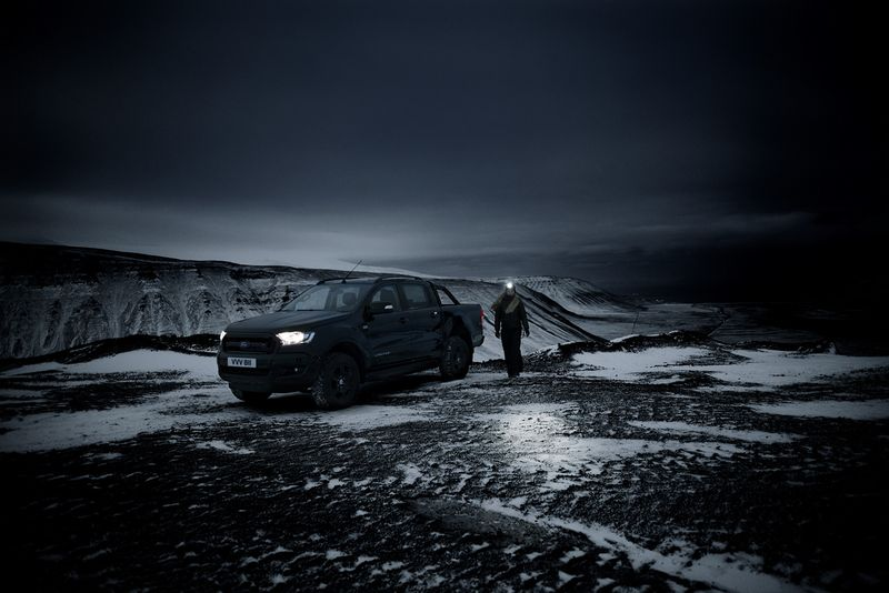 Ford Ranger Black: 100 Days of Dark