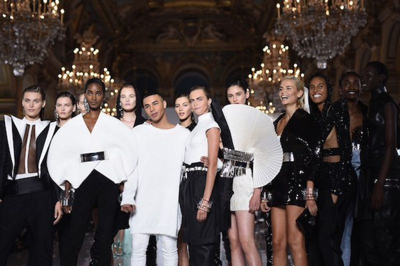 Balmain - Democratisation of the front row