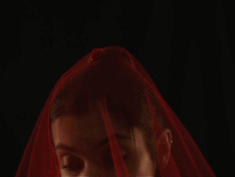 Music video Niomí - Like Fire