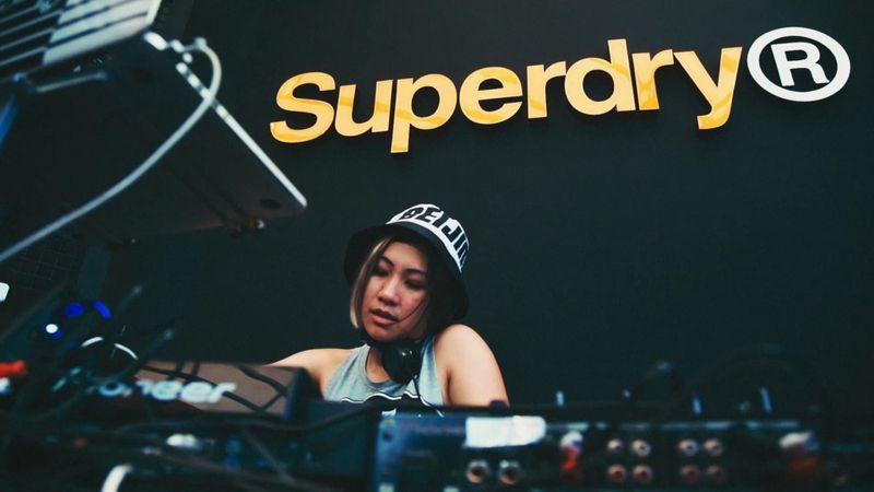 SS18 Superdry Sounds Strawberry Festival