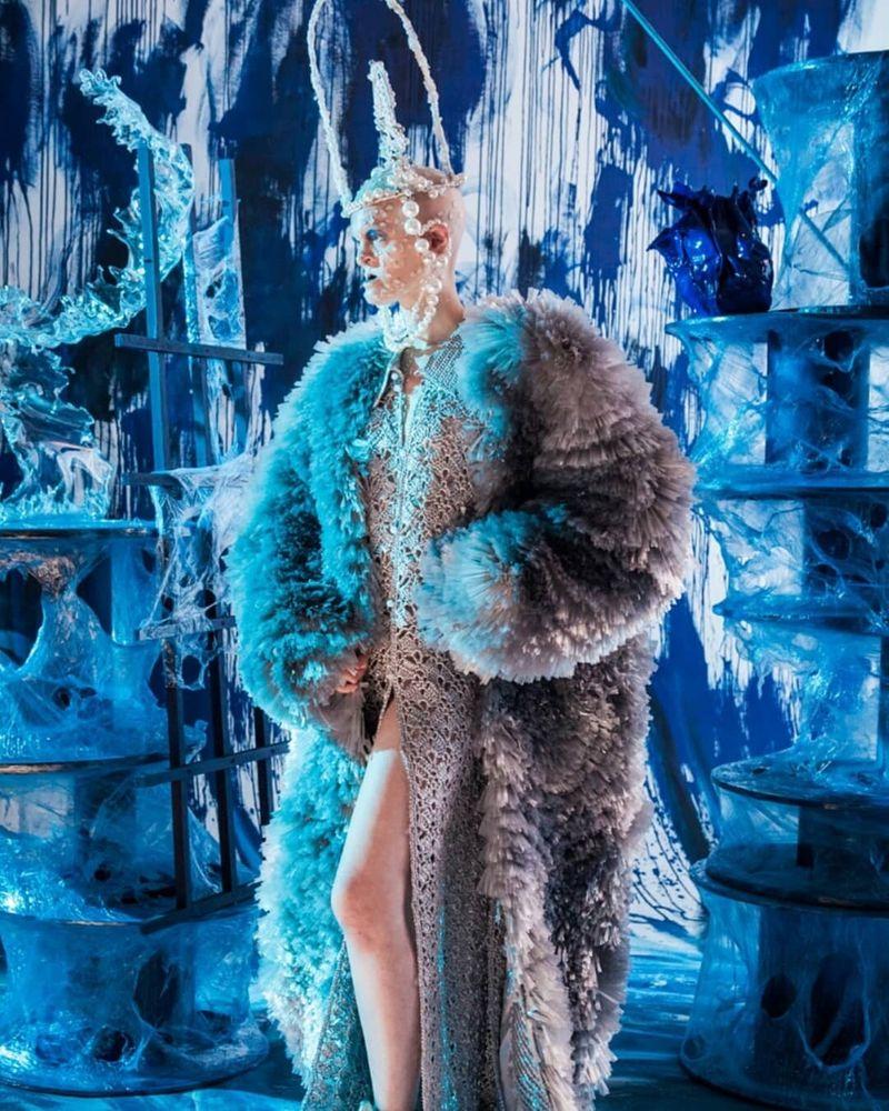 Feeling Blue - Vogue Italia
