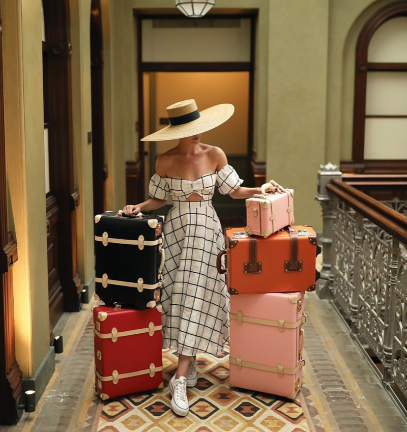 Editorial | How to Pack Like an Influencer