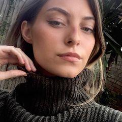Phoebe Cross