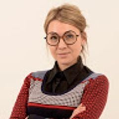 Nadine Theron