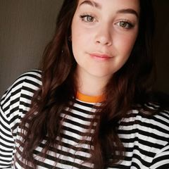 Chloe Hocking