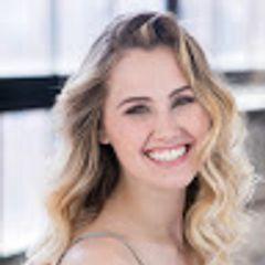 Holly Lomas