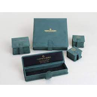 Jewelry packaging logo