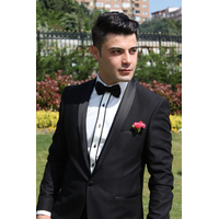 Formals by Vince logo
