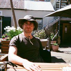 Simon Hutchins
