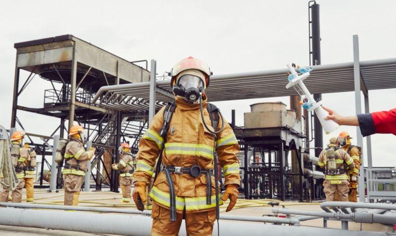 Disaster Playground: Investigation of Emergencies Procedures