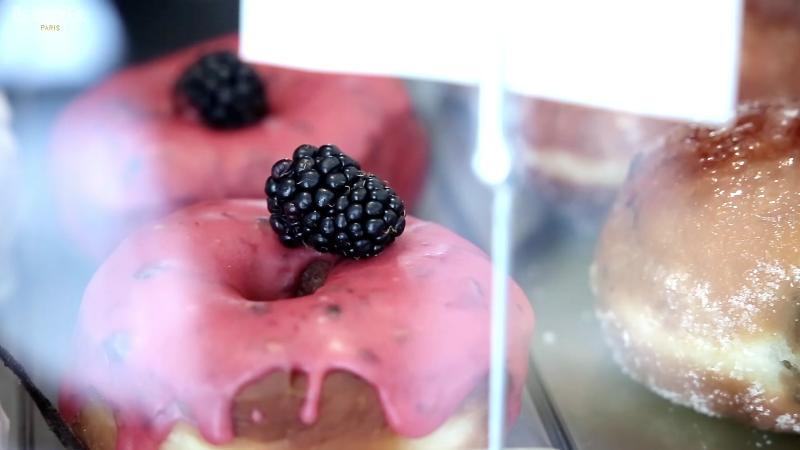 Boneshaker Doughnuts Adapt to Paris' Goûter (sous-titres en français)