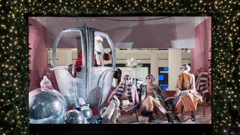 Destination Christmas Windows 2016