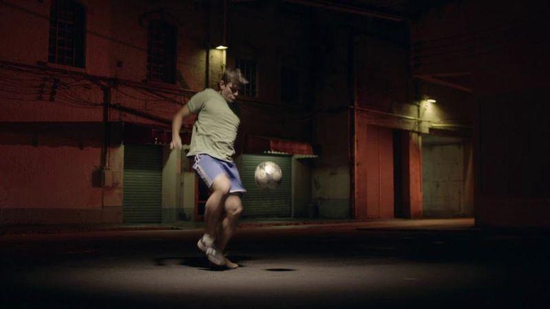 EA FIFA Street vs Street