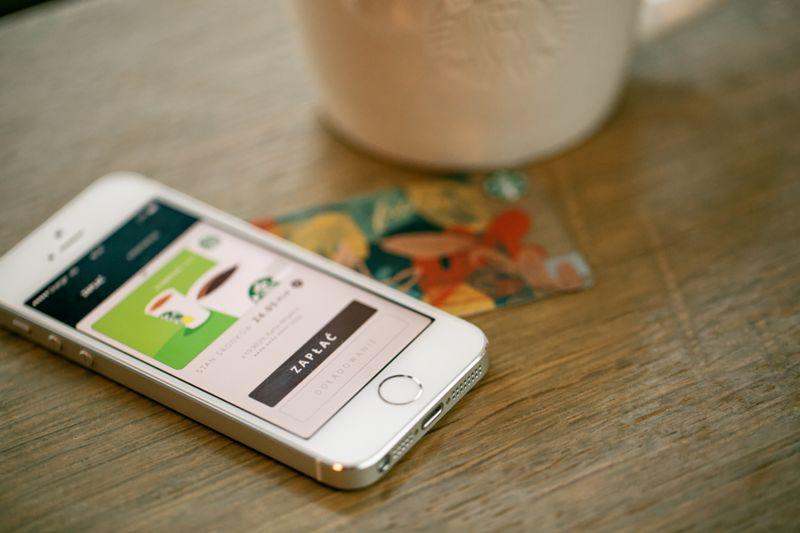 My Starbucks Rewards App launch in Poland 2015