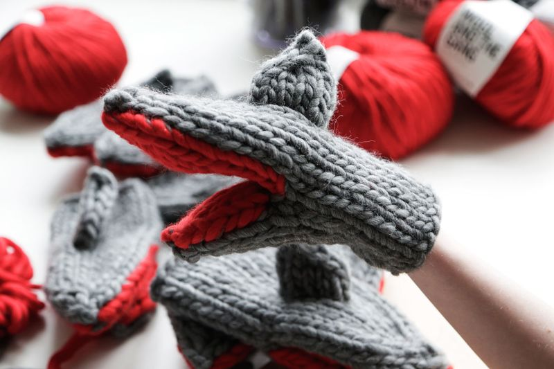 Under the Sea: How to Knit your Bruce Knit Mitts