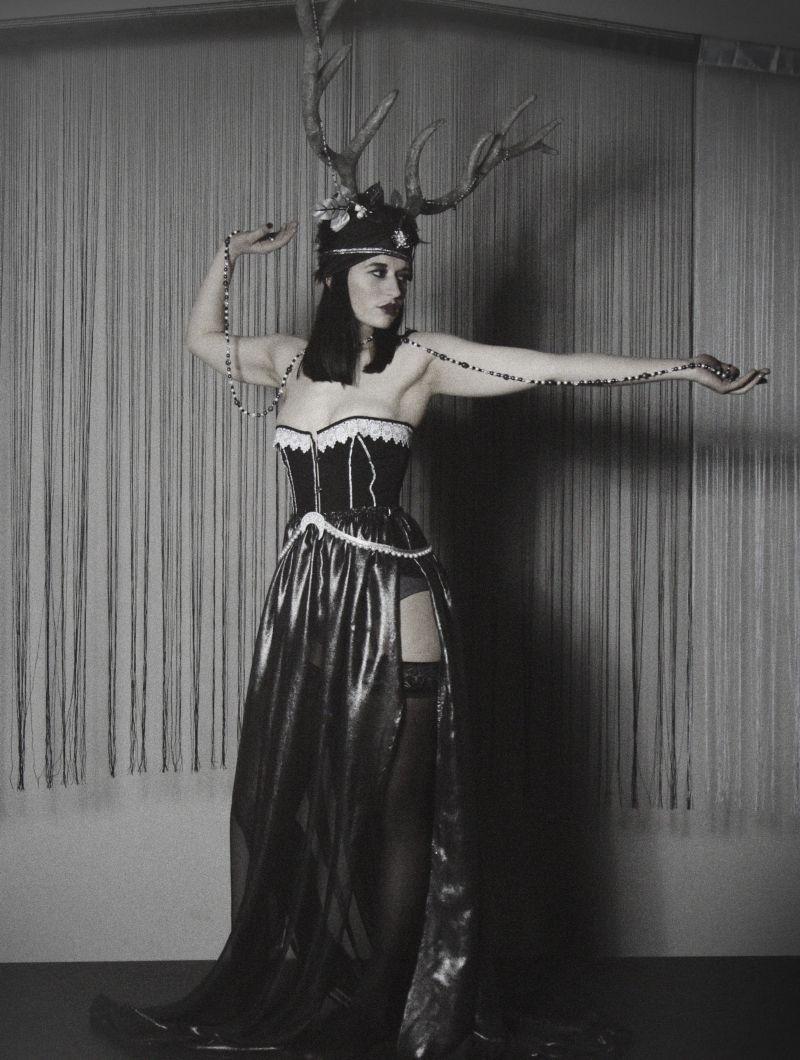 Folies Costumes