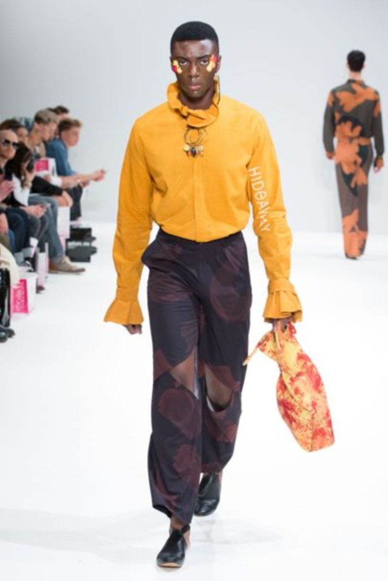 Vogue: Orange Culture Autumn/Winter 2017 Ready-To-Wear Collection