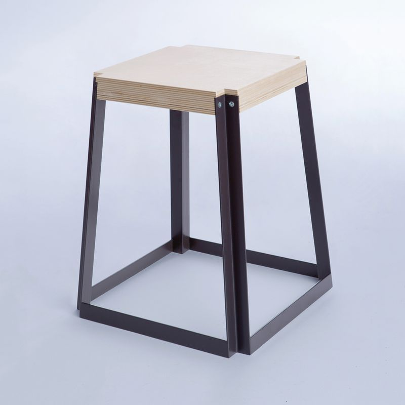 OPLA / STACKABLE STOOL