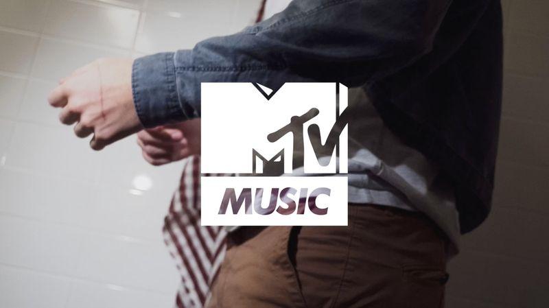 MTV / Naked