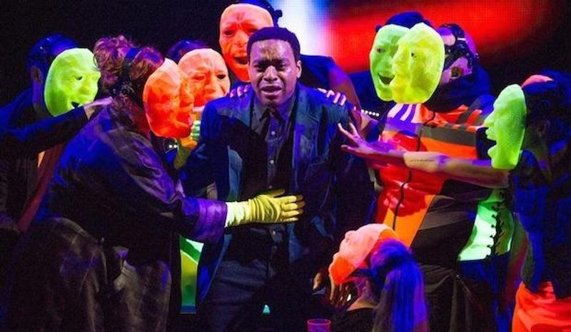 Theatre review: National Theatre