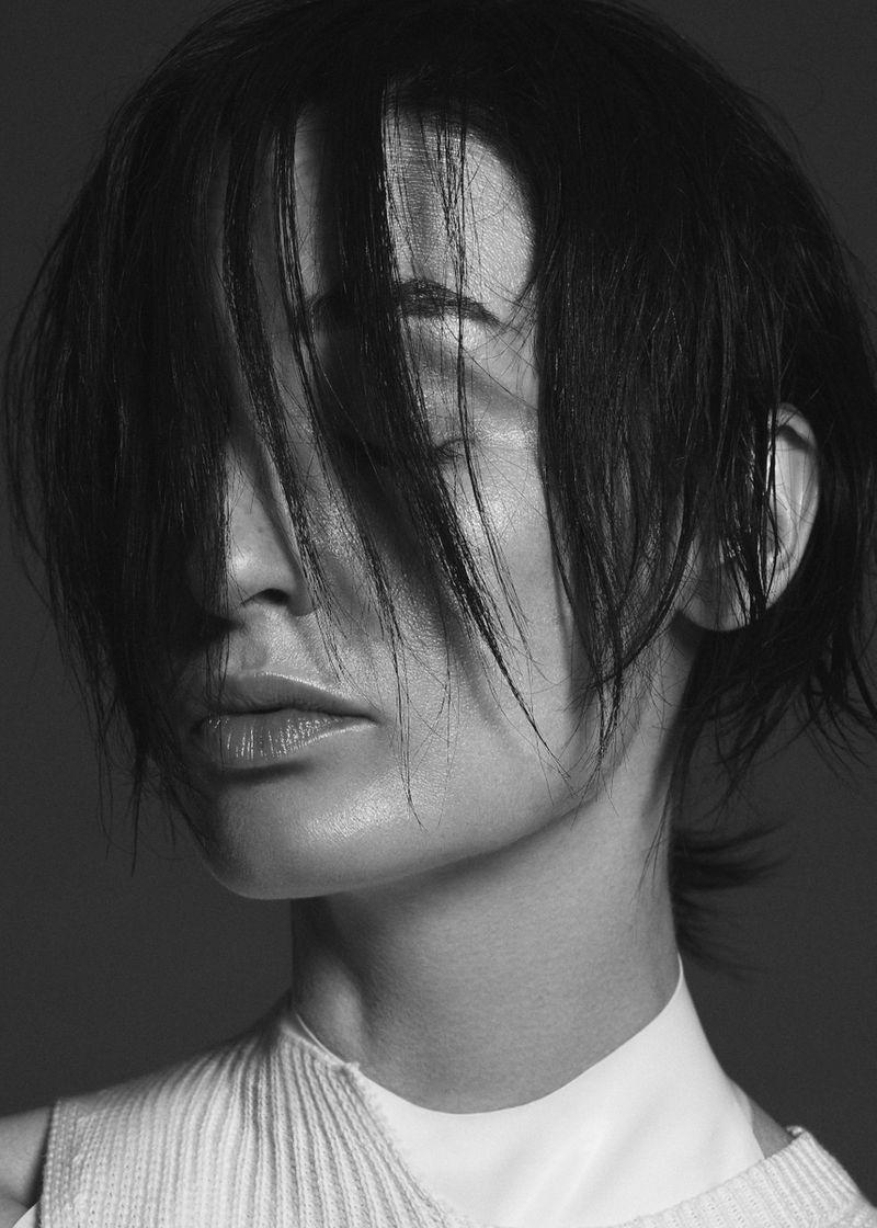 Erin O'Connor for model.com