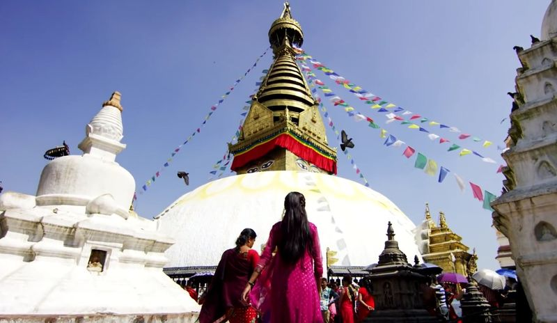 Nepal - Adventures of Teamsupertramp in 4K - #fortunetraveller