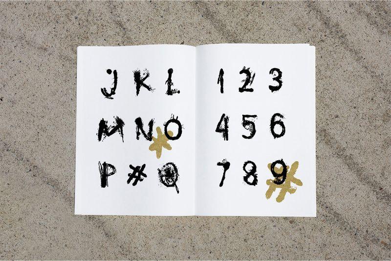 Globster Typeface