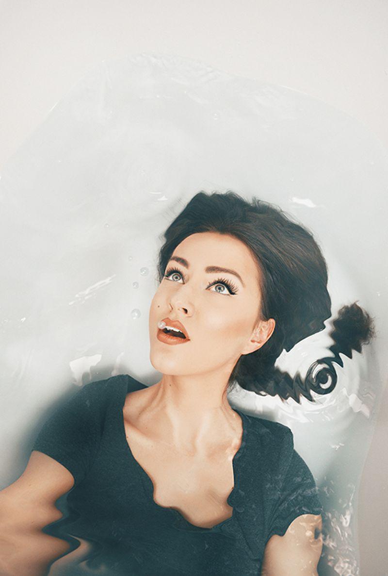selfportrait - drowning myself